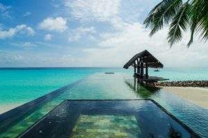 7 of the world's most beautiful hotel pools
