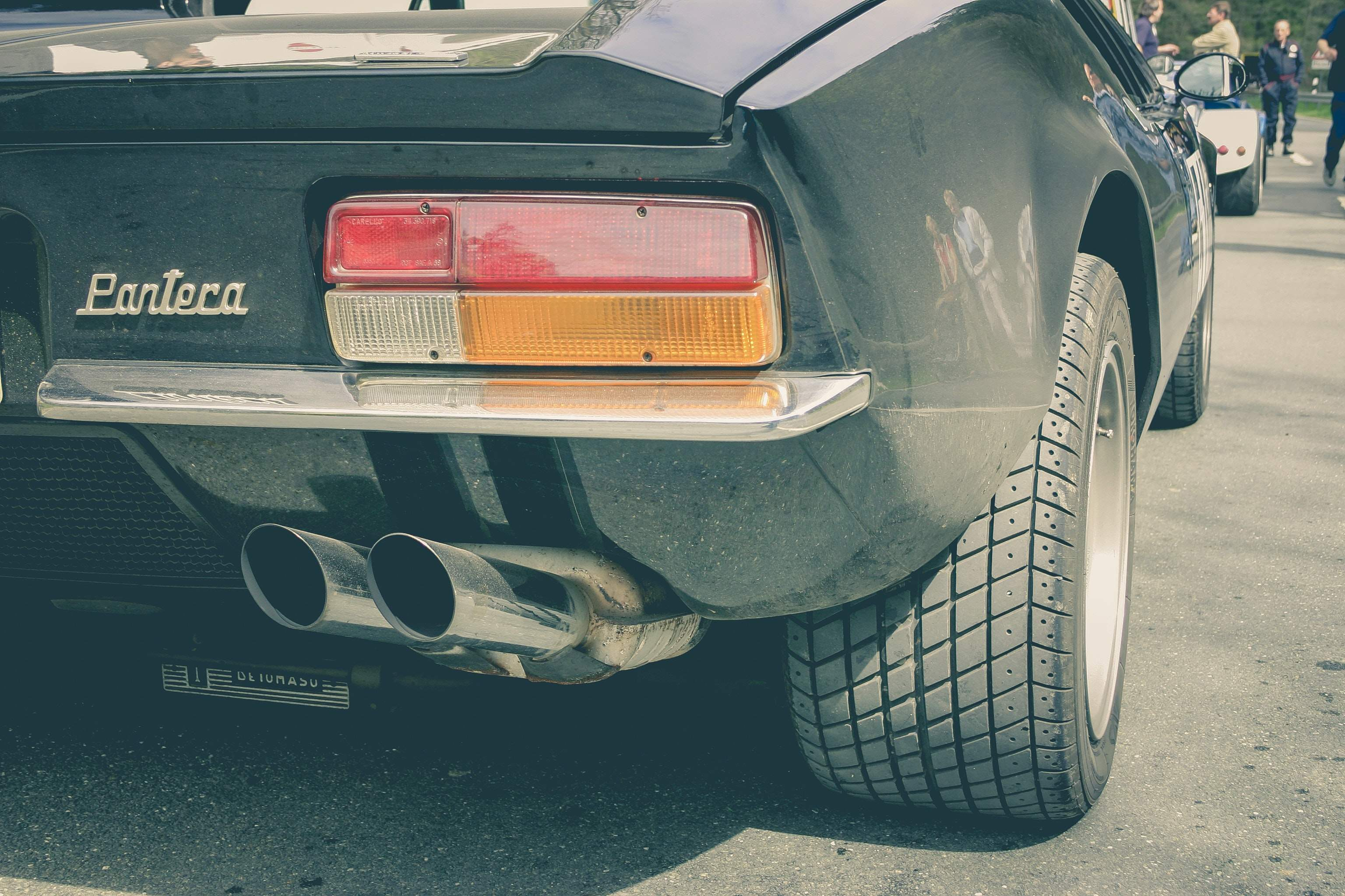 Car-exhaust1