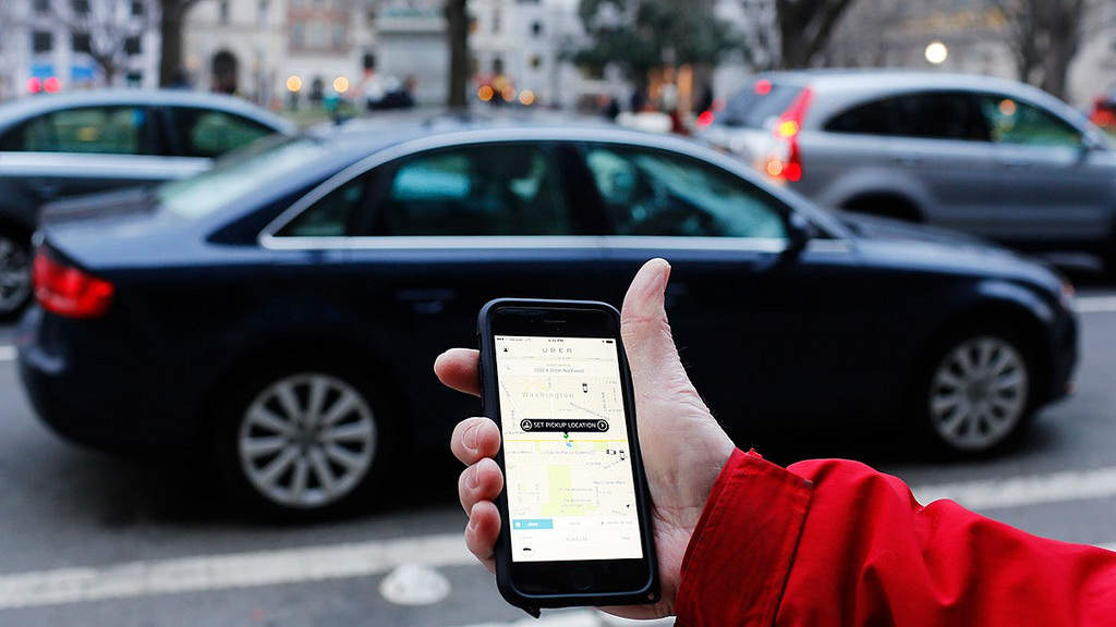 Uber, Uber driver employment rights, Lyft market valuation