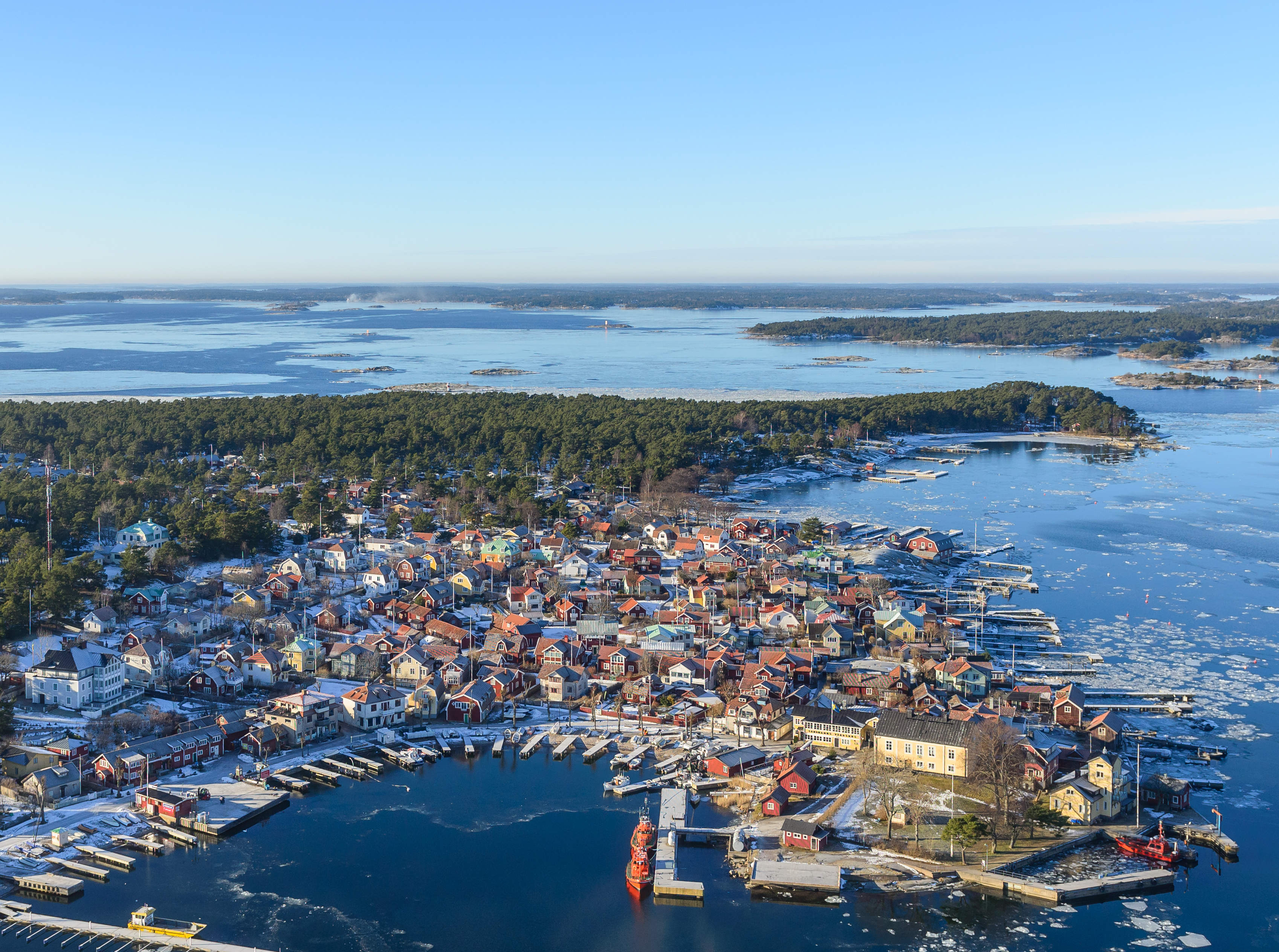 Baltic Sea provides clean drinking water for Swedish holiday island during summer drought using new tech