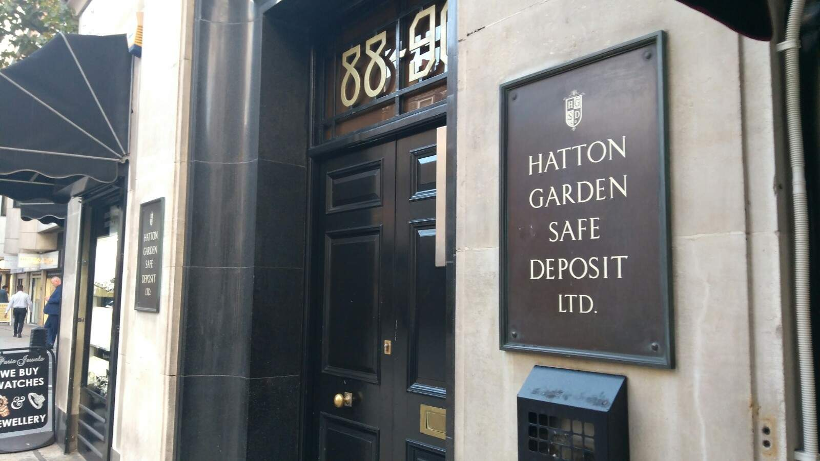 Hatton Garden heist: First-hand accounts of the people who worked next to scene of UK's 'largest robbery'