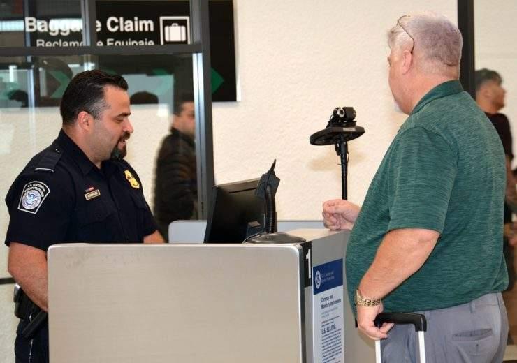 Miami International Airport biometric passport screening(3)