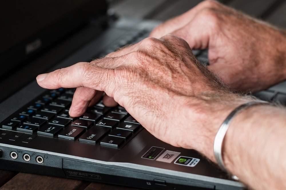 Elderly people tech