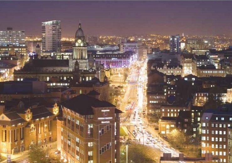 Leeds at night (Credit: Andrew Roberts/Flickr)