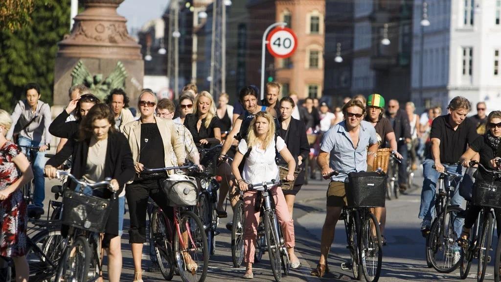 sustainable consumer behaviour, Copenhagen cycling