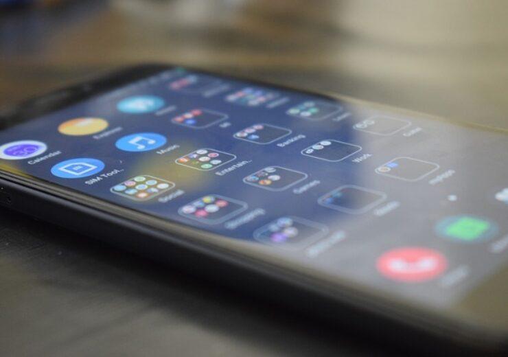 smartphone-5714763_640