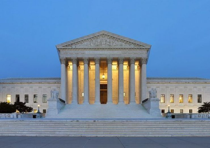 1200px-Panorama_of_United_States_Supreme_Court_Building_at_Dusk