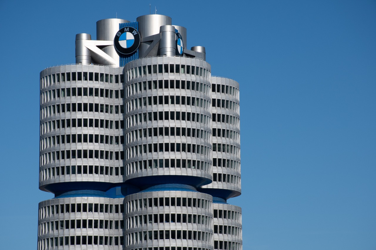 BMW goes full steam ahead with green technology