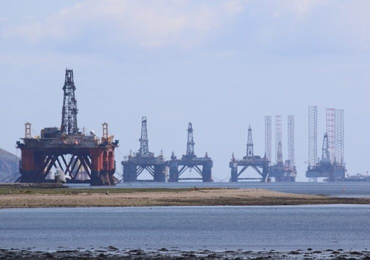 oil-rig-3789758_640